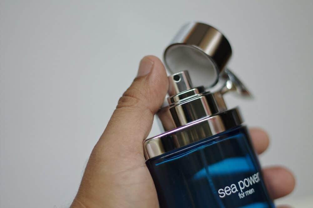 Hvilken parfume skal jeg vælge? – 3 trins guide